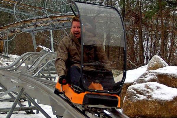 cold weather riding alpine coaster pigeon forge tennessee
