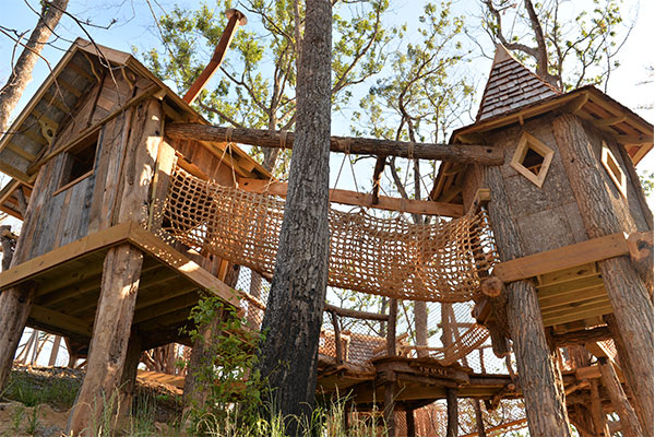 treehouse village playground anakeesta gatlinburg tennessee