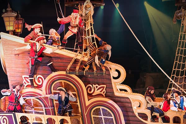 pirates voyage pigeon forge pirate ship theater