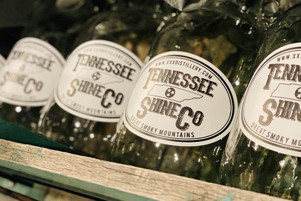 tennessee shine company moonshine tour